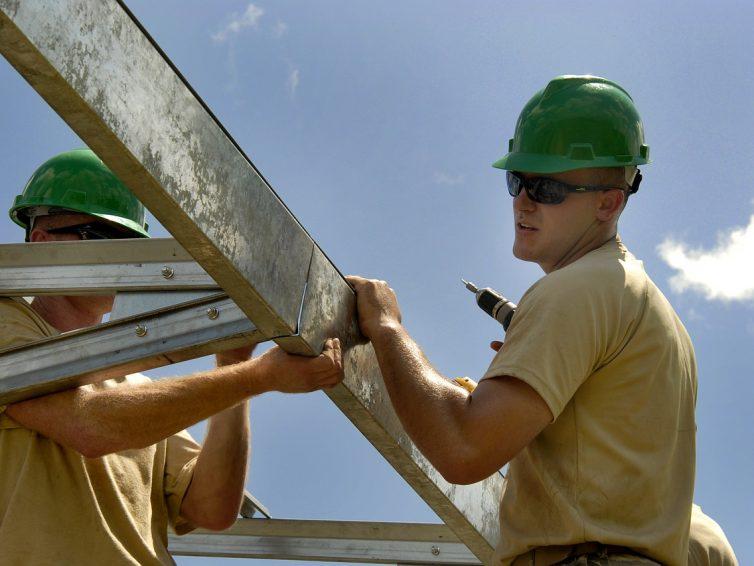Les étapes à suivre pour réparer un toit